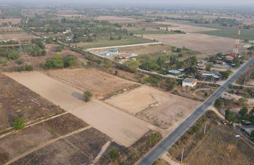 ขายที่ดินแบ่งขาย จ.สุพรรณบุรี อ.หนองหญ้าไซ 200 ตรว. ทำเลทองเขตชุมชน ปลูกที่อยู่อาศัย,ค้าขาย เก็บเก็งกำไรก็ดี